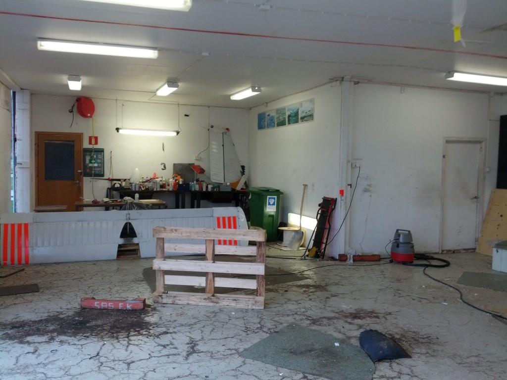 Reservdelar och lite verktyg kvar